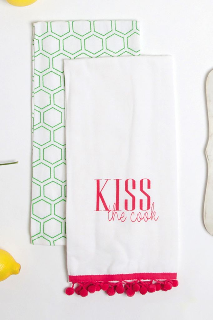 Kitchen Hand Towels   Kiss The Cook 2 Pc Set