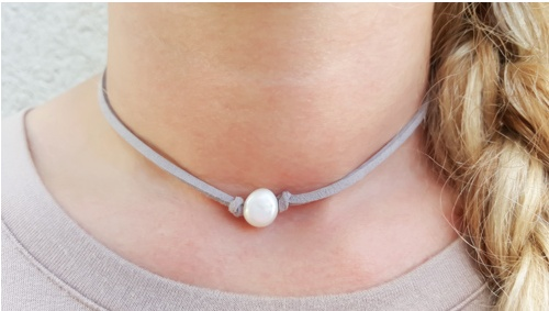 gray leather choker with grey pearl