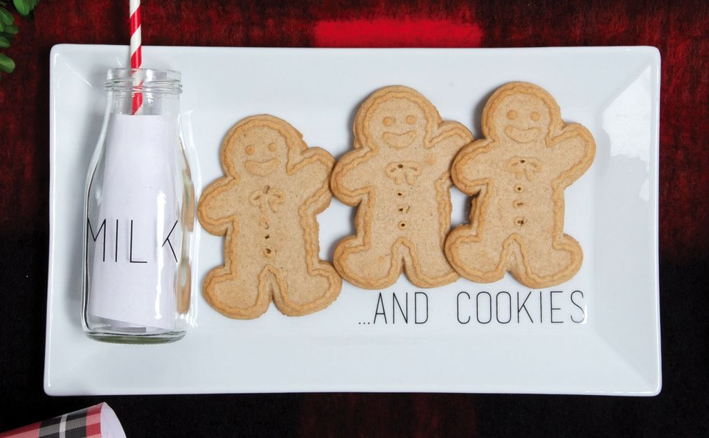 holiday milk & cookies tray