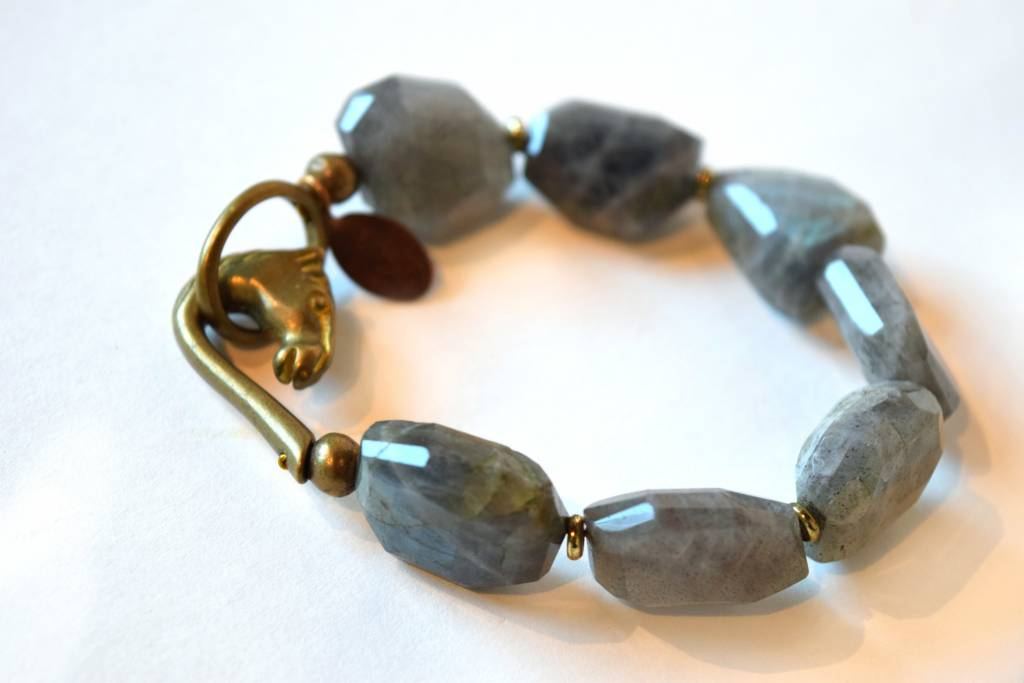 We Dream in Colour, Labradorite Bracelet