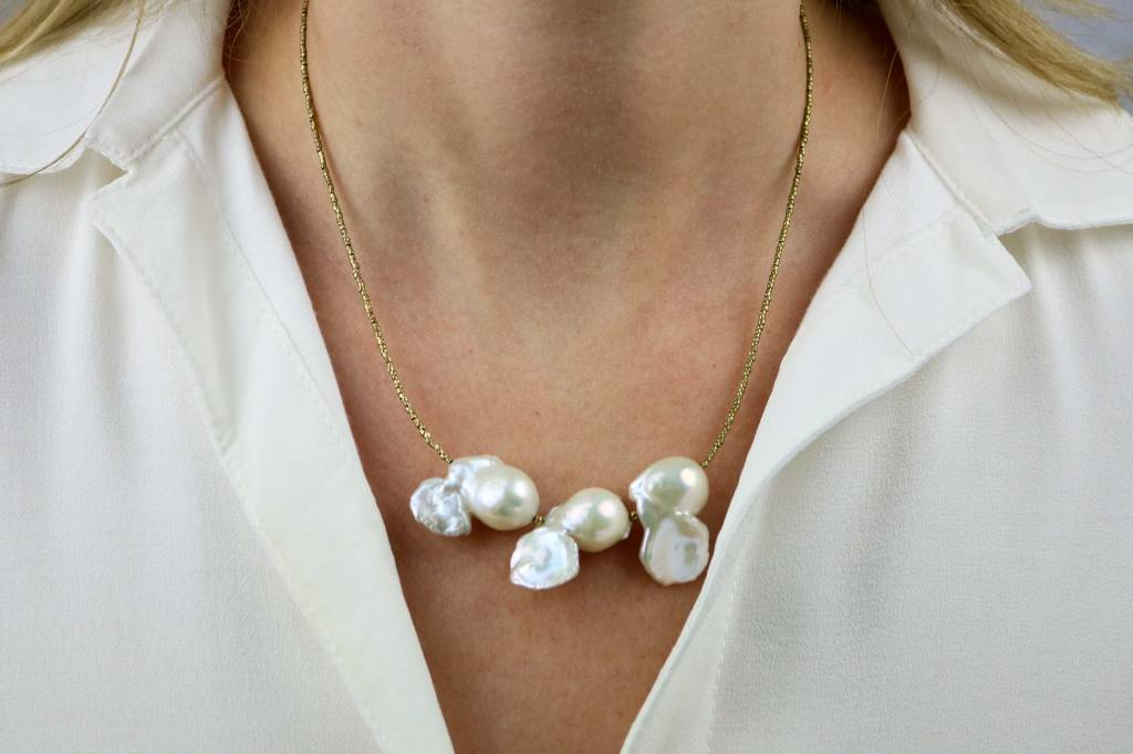 BITTERSWEET DESIGNS TRIPLE IVORY FRESHWATER PEARL NECKLACE