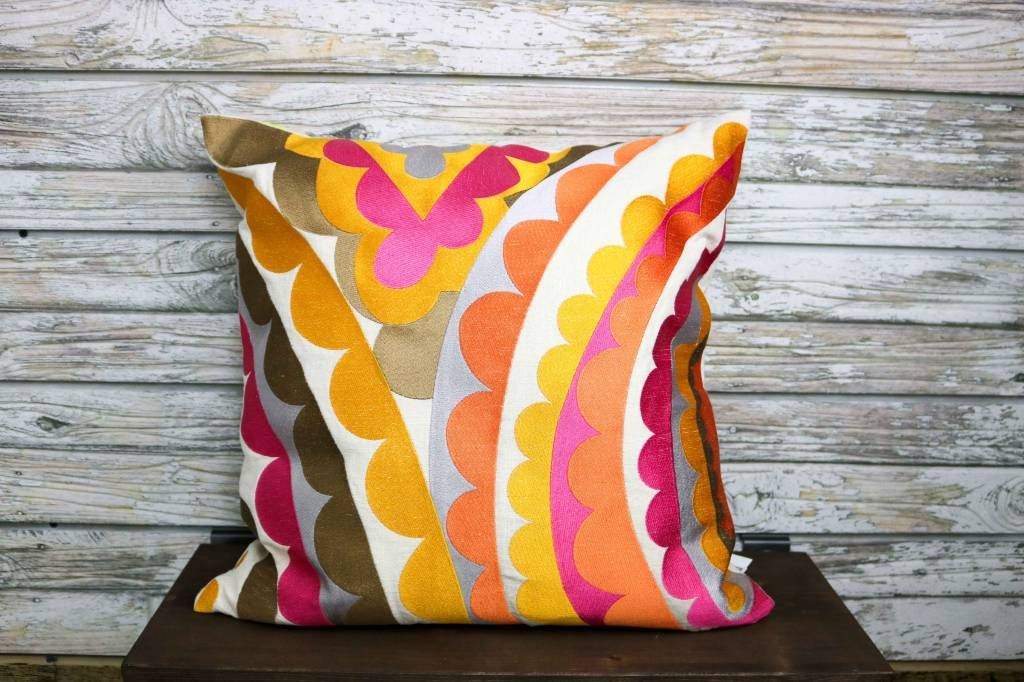 TRINA TURK TRINA TURK PINA EMBROIDERED PILLOW