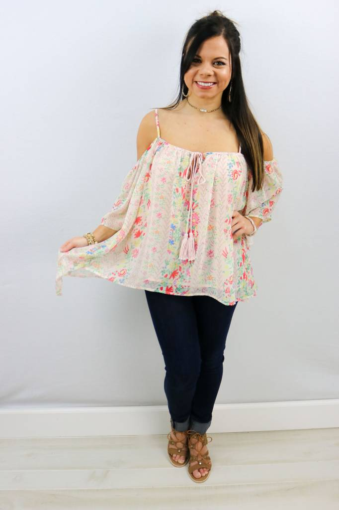 OFF SHOULDER FLOWY FLORAL TOP