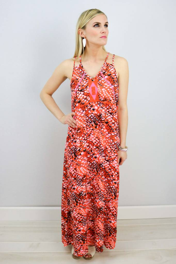 V-NECK EMBROIDERY MAXI DRESS