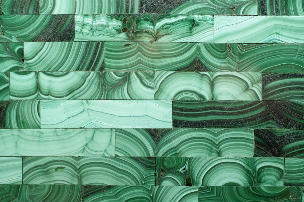 BECKER MINTY Exquisite Malachite Inlay Tissue Box Holder - Brick Pattern - 13.5 x 13.5 x 15cm