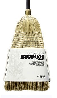 Lepaar - Gardenlust Essential Broom Ebony / Dip dyed Millet