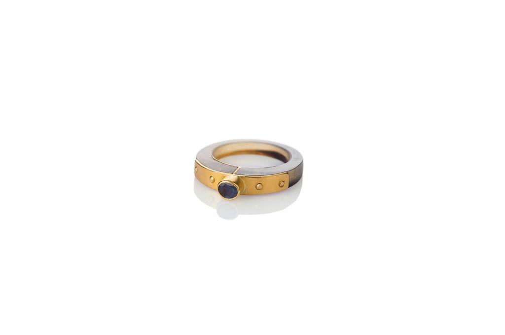 Lisa Black Jewellery - Alexandrite Dreamweaver Ring - Finely Polished Vintage Australian Horn Set Against Alexandrite - 22ct Gold