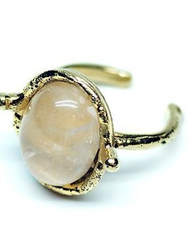 Sylvia Toledano Sylvia Toledano -  Petite  Oval Ring - Gold plated brass with Rose quartz - One Size