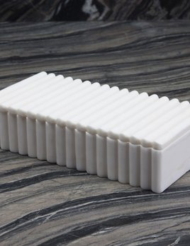 Kelly Wearstler Kelly Wearstler - Laurel Ribbed Box Rectangular - White Calacatta Marble