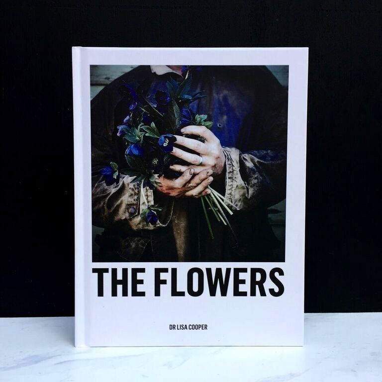 United Books Book - Flowers by Lisa Cooper