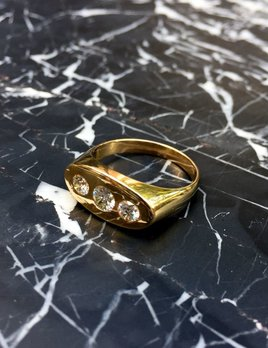 B.M.V.A. Vintage 14ct Yellow Gold and three Diamond Dress Ring - Flat top Gypsy Setting - Diamonds c1880, Setting c1960