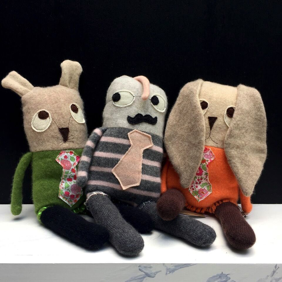 snuggly ugly Snuggly Ugly - 100% recycled Cashmere Animals