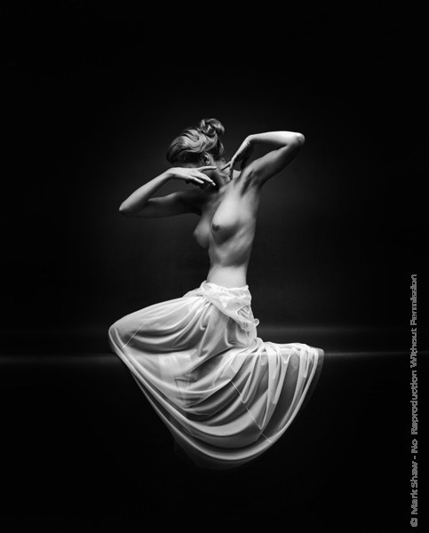 Mark Shaw Photography - Vanity Fair Nude Front