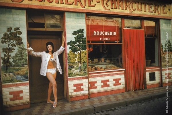 Mark Shaw Photography - Christine visits the Boucherie in St. Tropez 1961