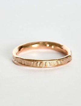 Mia Chicco - Alfinia Ring - 9ct Rose Gold Rustic Un-even Wire Twist Ring - 440