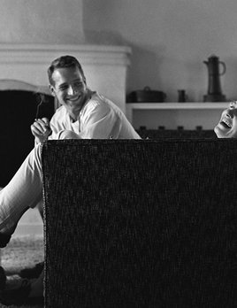 Paul Newman and Joanne Woodward at their Beverly Hills home 1958 - Sid Avery