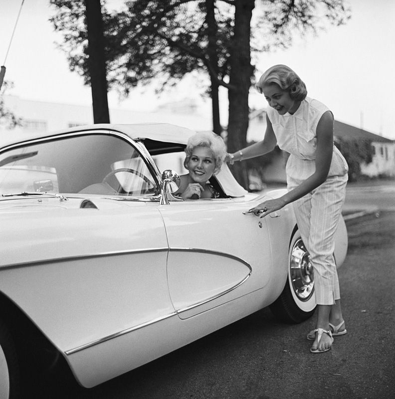 Kim Novak in her new Corvette 1956 - Sid Avery