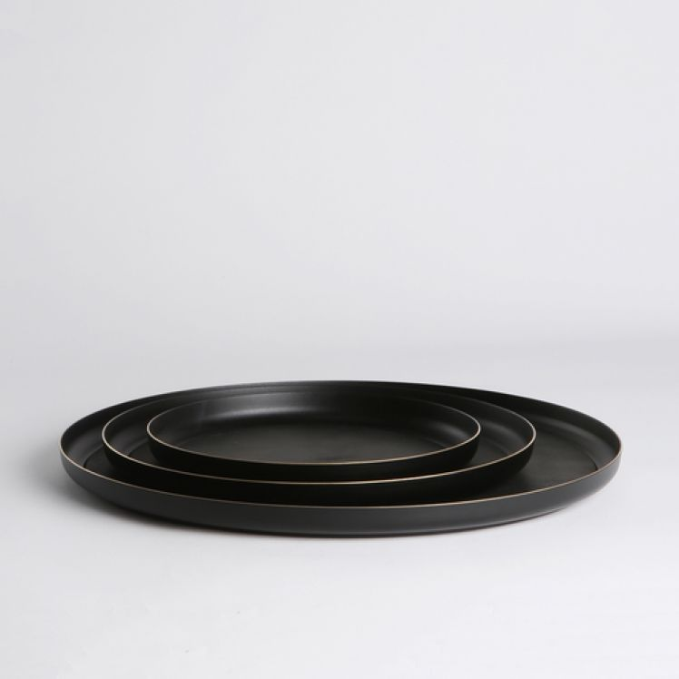 Michael Verheyden Michael Verheyden - 'Serve Black' - Large Blackened Brass Serving Tray with Leather Mat - D40cm