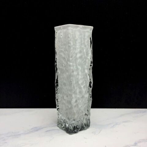 BECKER MINTY Vintage White Ingrid Glass Vase C1960 - H20.5xW5.5cm - Germany c1965