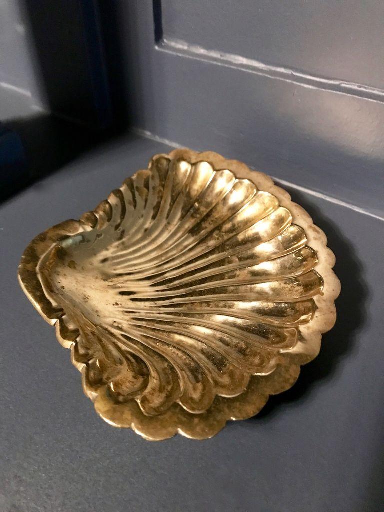 B.M.V.A. Vintage Brass Clam Shell Dish L16.5cm