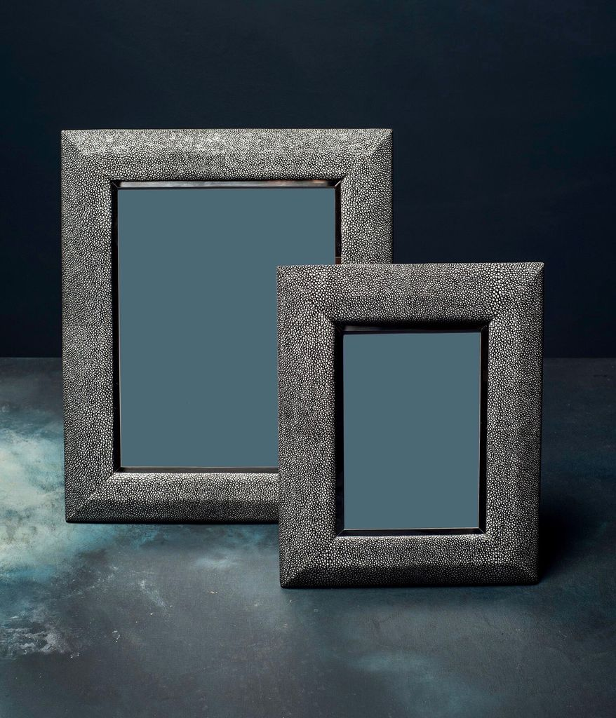 """BECKER MINTY Frame - 5"""" x 7"""" - Charcoal Embossed Shagreen and Polished Stainless Steel"""