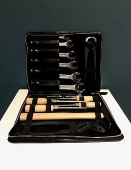 Luxury Calf Leather Tool Kit - Black - Germany