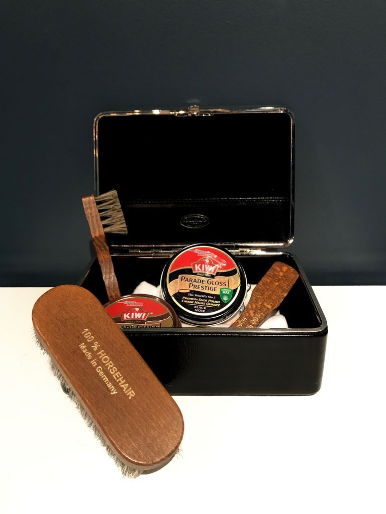 Luxury Calf Leather Shoe Shine Box with Utensils - Black - Germany