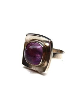 B.M.V.A. Solid Silver and Amethyst Ring - Bezel Set Cabochon Amethyst on a Concave Square Panel. Plain band. Brdr. Bjerring - Copenhagen, Denmark  (Ring Size: K)