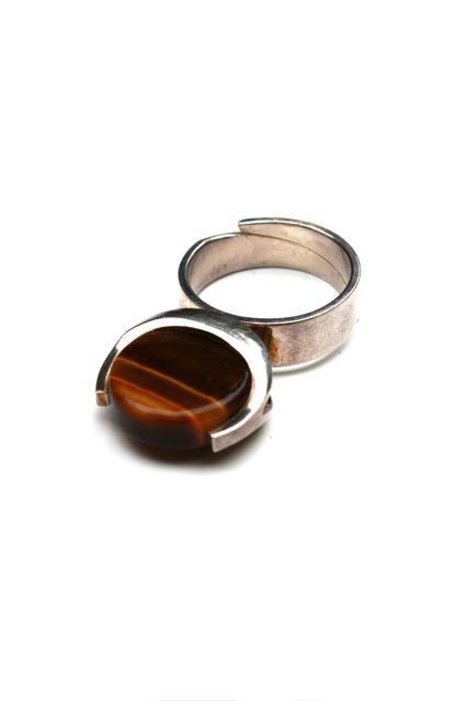 BECKER MINTY Solid SIlver and Tablet Shaped Tigers Eye Ring - Vertical Setting - Matti J Hyvarinen - Turku, Finland c.1974 (Ring Size: L - adjustable)
