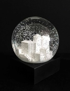 BECKER MINTY Hand Made Potts Point Snow Globe