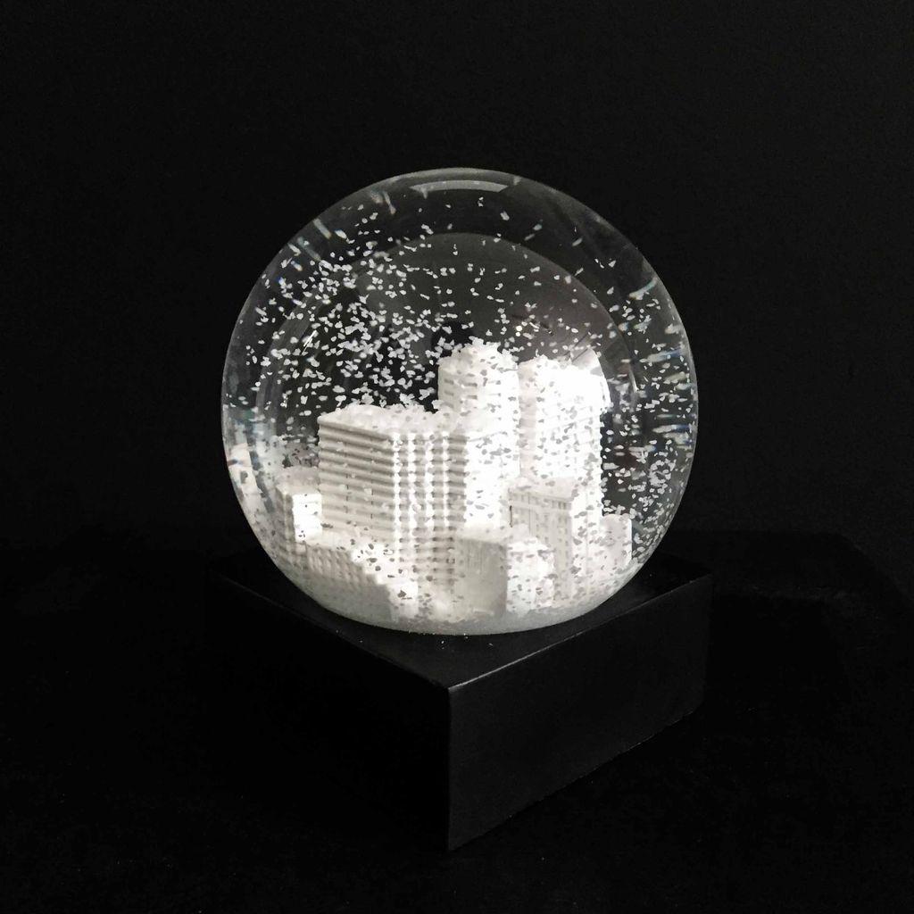 BECKER MINTY Hand Made Potts Point Snow Globe