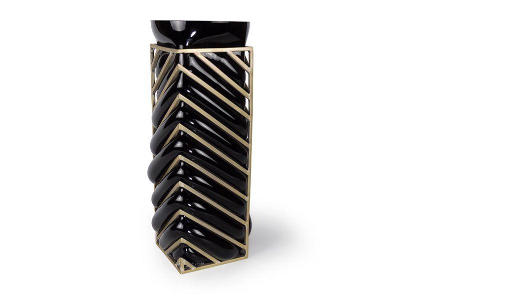 Vanessa Mitrani Creations Vanessa Mitrani - Colors Collection - Geometric ANGLE Vase in Black - France