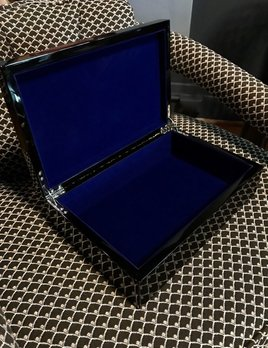 BECKER MINTY BECKER MINTY Trinket or Accessory Box - Black Gloss Lacquer - 30x20x6.2cm  - Electric Blue Velvet Interior
