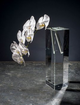 BECKER MINTY BECKER MINTY Cubik Collection - Tall Angled Single Stem Vase - Crystal Glass - Clear - 10x10x35cm