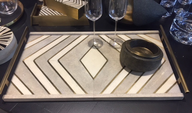 KIFU KIFU Paris - Tube Handle Tray in Shagreen - Large Cream (Brass Detail)