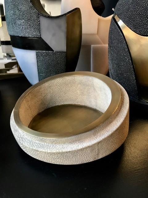 KIFU KIFU Paris - Medium Bowl in Cream Shagreen