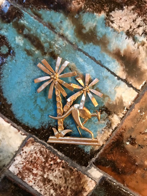 Vintage Gold Toned Palm Tree Brooch c1970