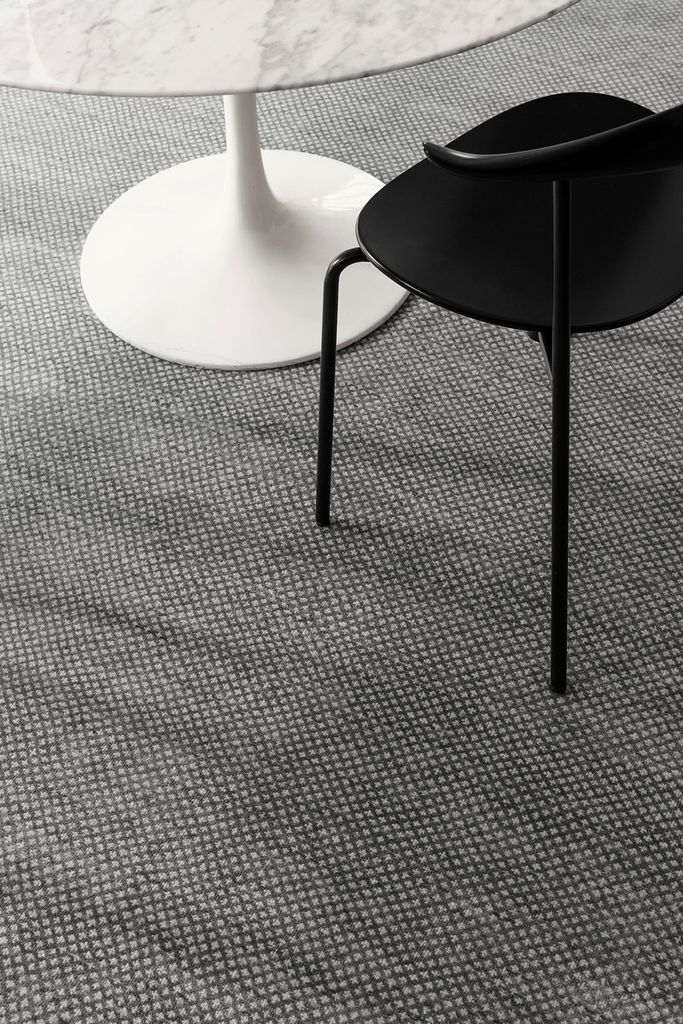 Armadillo & Co - LEILA - Persian Knot Rug - Heirloom Collection - Wool - Graphite & Sterling - 2.7x3.6m - Handmade in India Under Fair Trade Standards