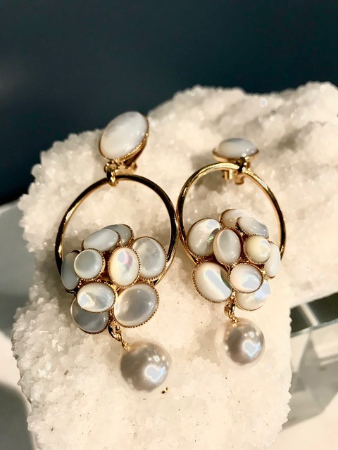 Philippe Ferrandis Philippe Ferrandis - Mother of Pearl and Pearl Drop Earrings - Paris