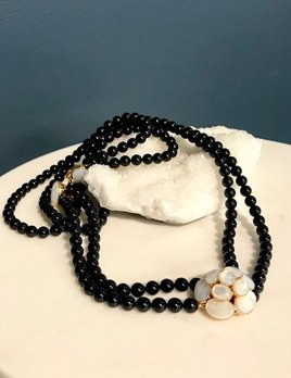 Philippe Ferrandis Philippe Ferrandis - Sautoir Came Necklace - Mother of Pearl and Black Glass - Made in France