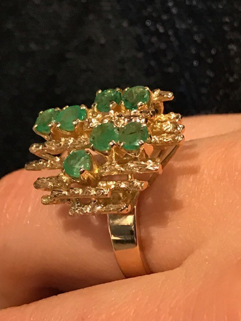 Vintage Brutalist 14ct Yellow Gold and Emerald Dress Ring - 7 Round Mixed Cut Light Green Emerelds (.70c Total) - c1970