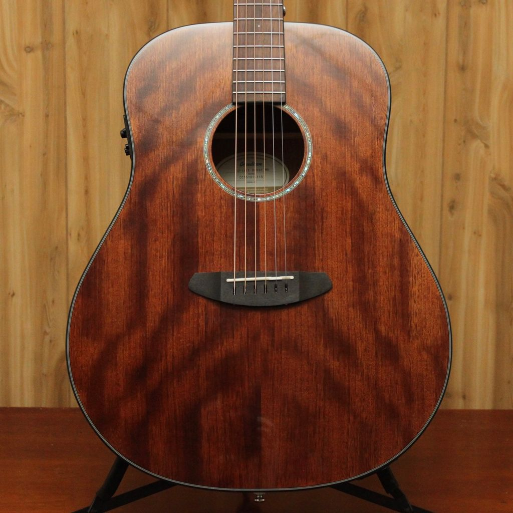 Breedlove Breedlove Pursuit Dreadnought Mahogany Acoustic/Electric<br />