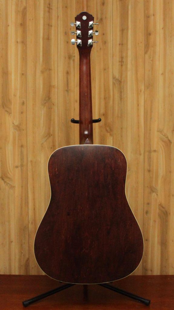 Breedlove Breedlove Discovery Concert Acoustic in Sunburst<br />w/ Gig Bag