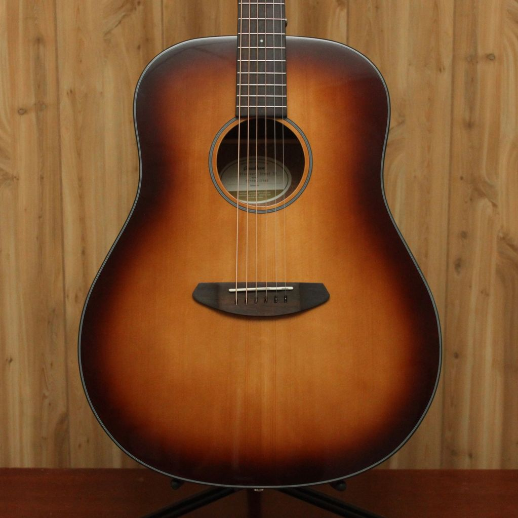 Breedlove Breedlove Discovery Dreadnought Acoustic Guitar in Sunburst w/gig bag