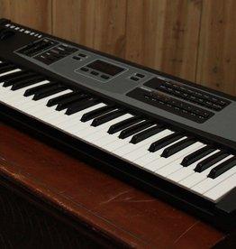 Kurzweil KME 61 Electronic Keyboard