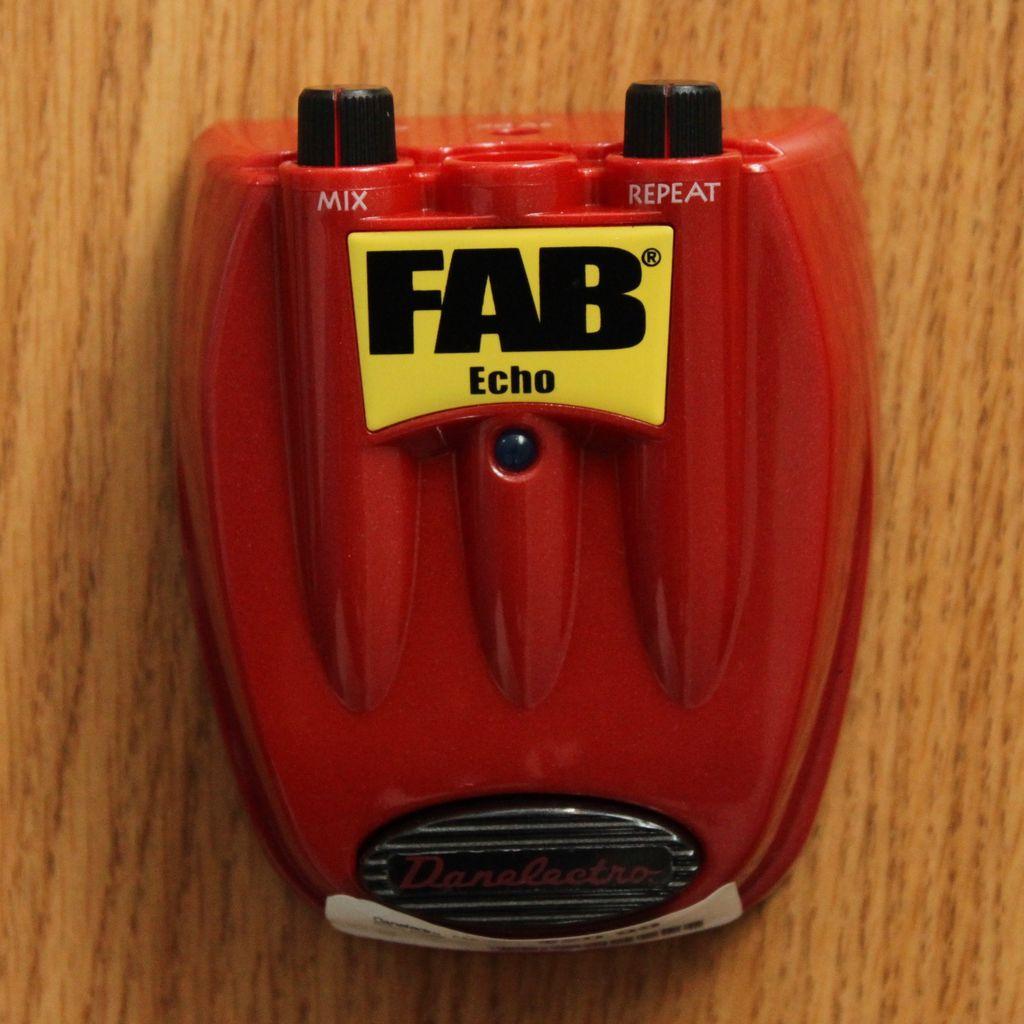 Danelectro Danelectro - FAB Slap Echo Pedal