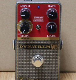 Keeley Keeley Dynatrem / Tremolo with multiple waveforms to choose from like sine, square, triangle, ramp, etc