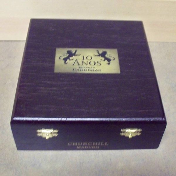 Esteban Carreras Esteban Carreras 10 Anos Maduro Toro Box of 24