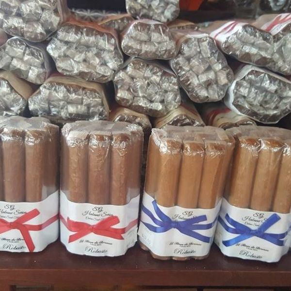 El Titan de Bronze El Cigar's Family Series S.G. 10 Pack Corojo Toro