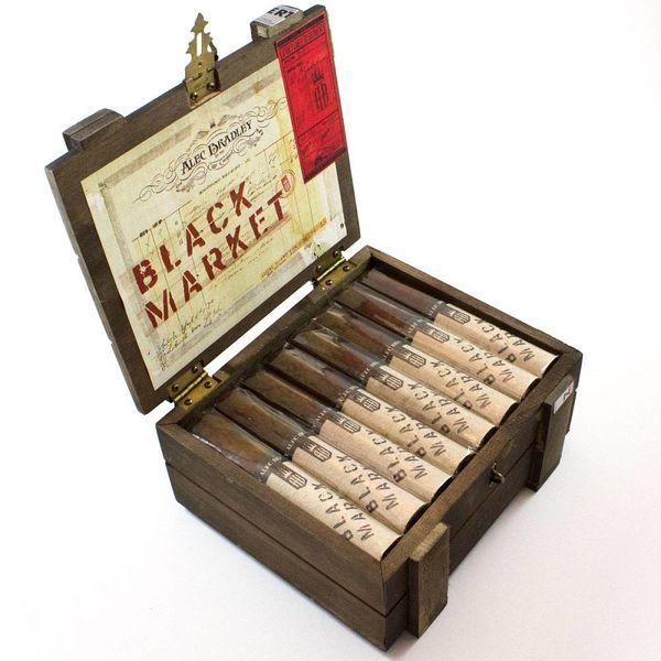 Alec Bradley Alec Bradley Black Market Gordo Box of 22